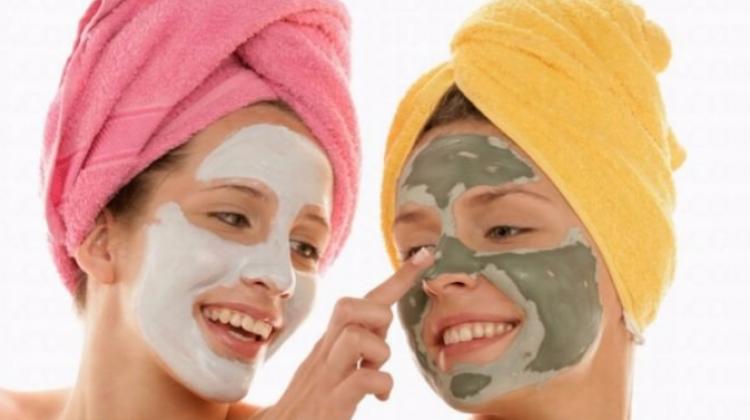 Evde Yapımı Kolay Doğal Bakım Yüz Maskeleri Bakim Maskeleri
